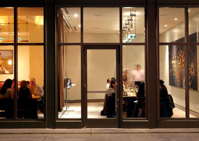 旧金山The Slanted Door餐馆形象设计欣赏