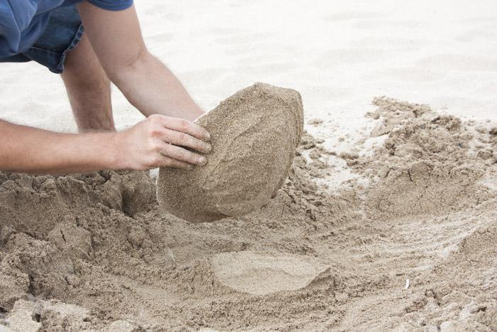 反工业化设计的沙地深盘