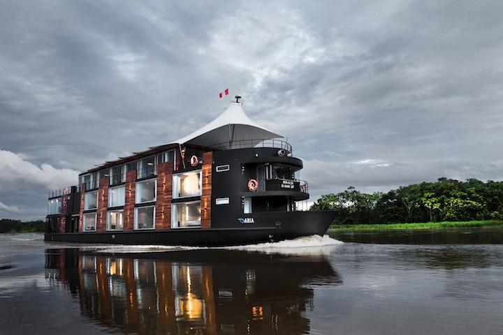 亚马逊河的水上探险