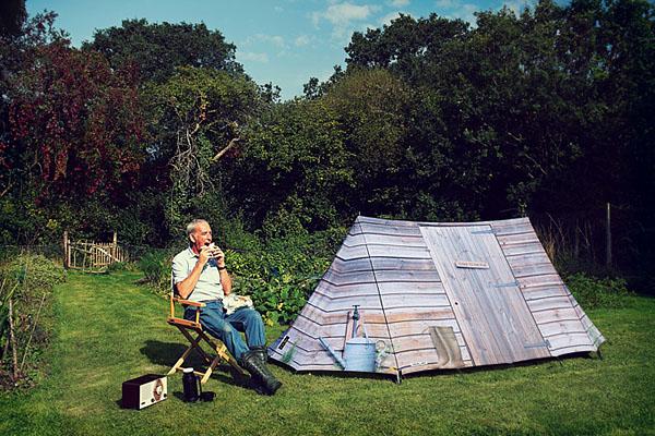 小木屋造型的户外帐篷