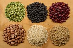 5种豆子和糙米高清图片