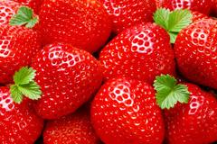 2张新鲜草莓高清图片素材