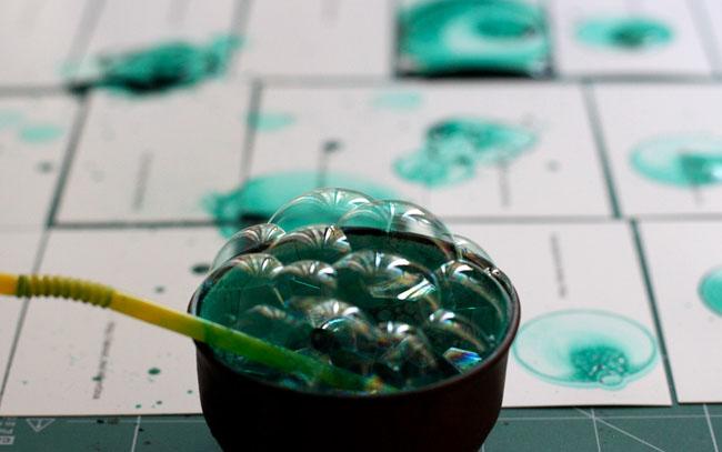 创意蓝绿色泡泡手工名片