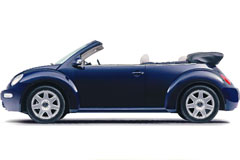 一款非常漂亮逼真的蓝色小轿车矢量素材