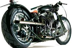 两款逼真超酷摩托车矢量素材