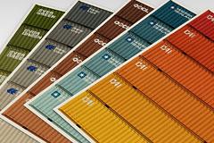 4张颜色丰富的企业彩页设计