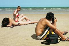 Omax Lenses超广角镜头广告欣赏