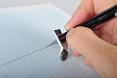 不用尺子画直线的工具