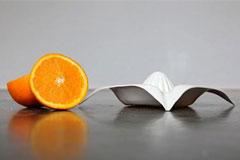 会榨橙汁的盘子