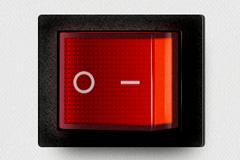 逼真的红色开关按钮PSD素材