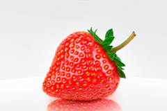 非常逼真草莓PSD素材